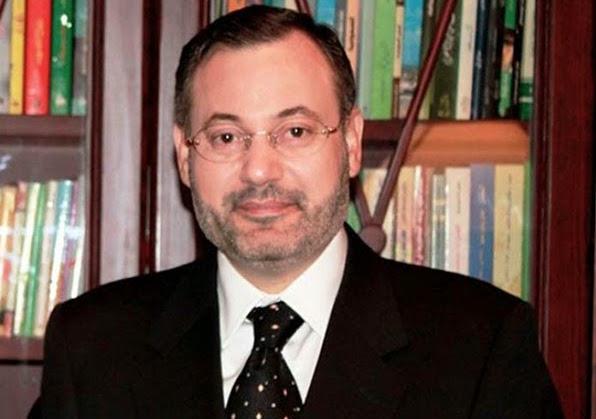 الرد على الإعلامى أحمد منصور في زعمه تعنت الجماعة لشبابها