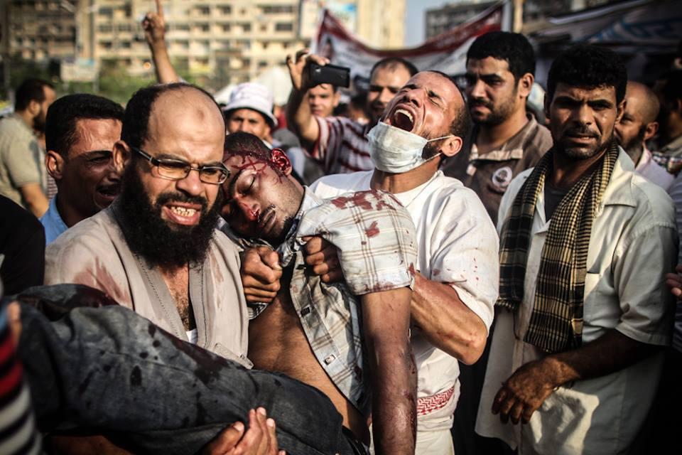 الرد على الدعاوى بأن الإخوان مسؤولون عن قتل المعتصمين والمتظاهرين في الميادين